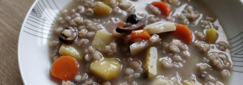 Zemiaková polievka s jačmennými krúpami