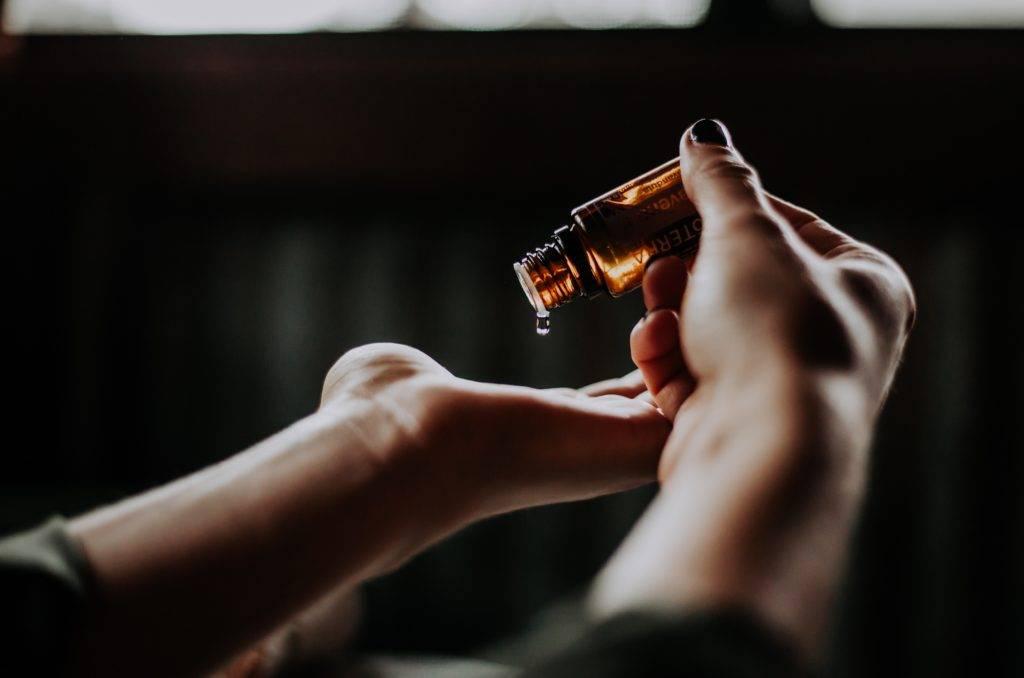 Ako funguje aromaterapia a esenciálne oleje